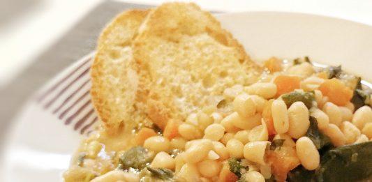 zuppa di fagioli e bieta